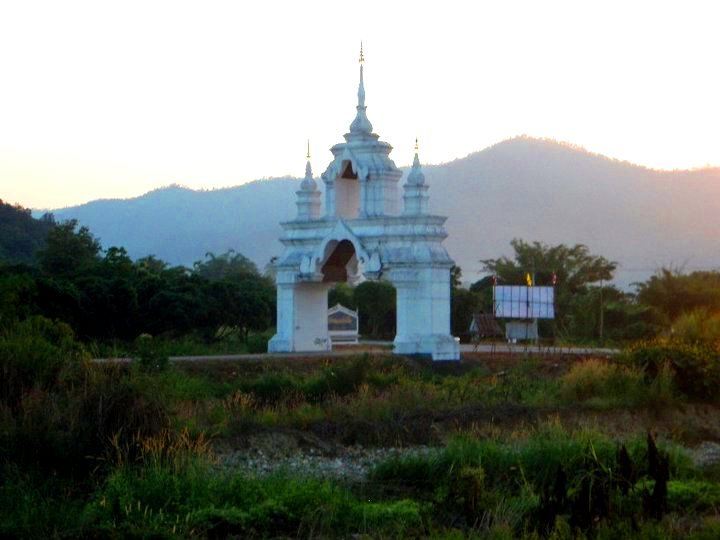 Temple in Chaing Mai outskirts