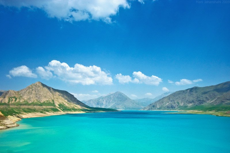 Turquoise waters of Lar Lake, Iran
