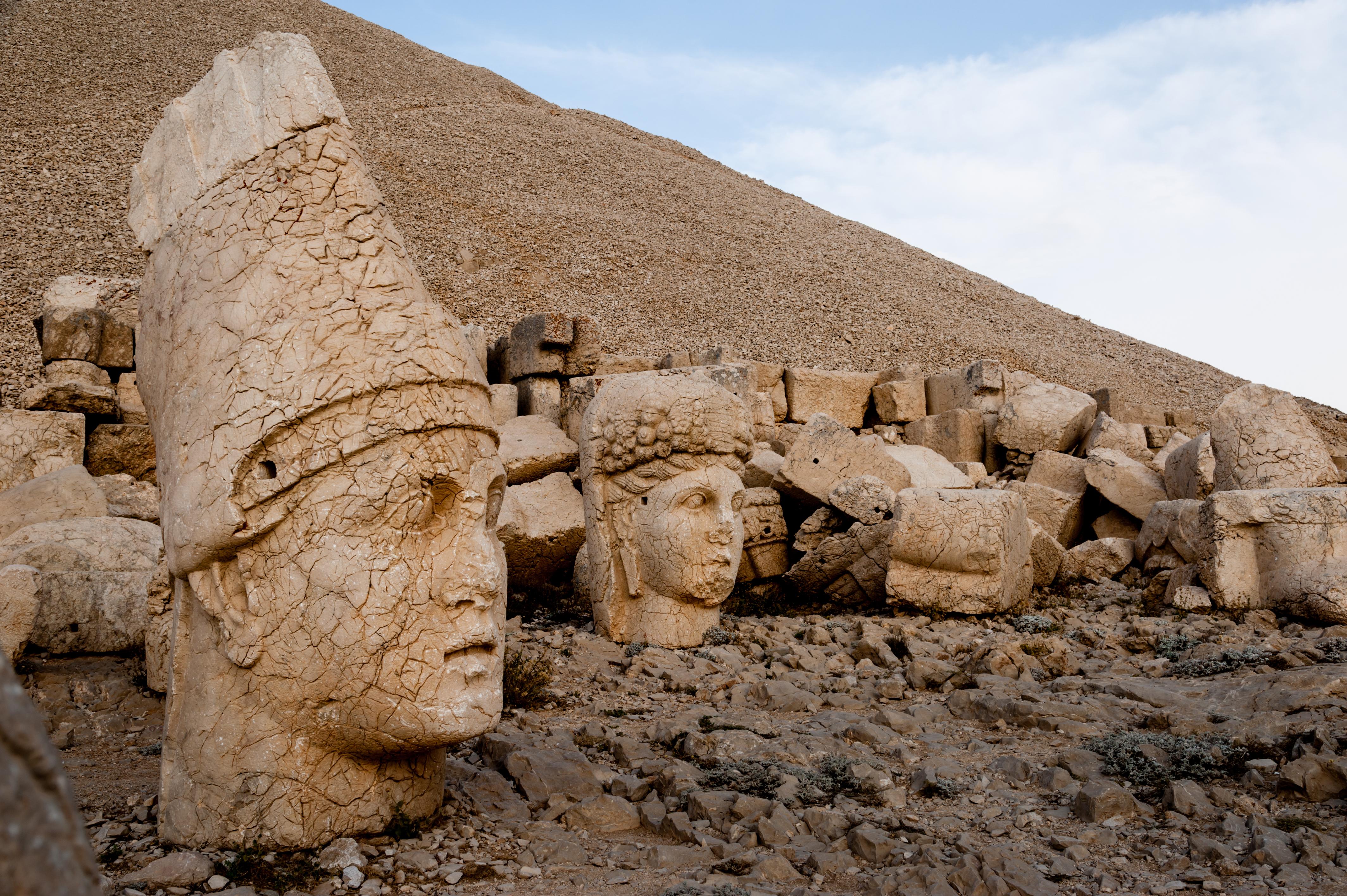 Sandstone statues of Antiochus's Persian ancestors