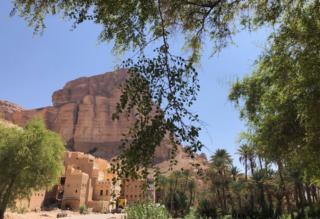 Stunning mud villages in wadi Dawan. Photo credit: Lisa Pagotto
